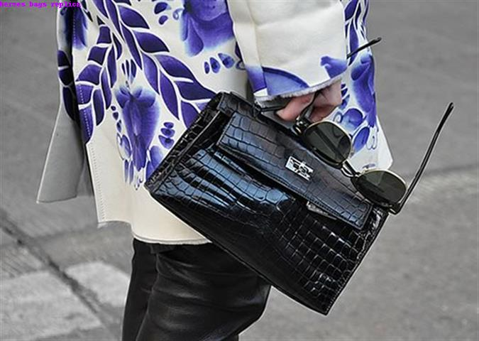 handbag lovers of the world to get a rise out of what she is doing to her  bag. And how can you not  Her last birkin was taken over by what looked ... 0d7be0f1a59bf